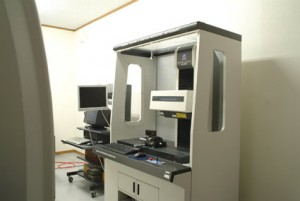Surface roughness and contour combination measuring machine