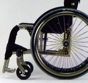 超軽量チタン製折りたたみ式車椅子「ZEN-禅」