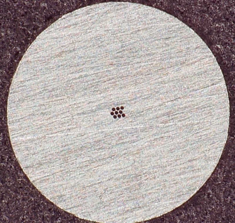 小径穴加工 T0.05 二九精密機械工業株式会社